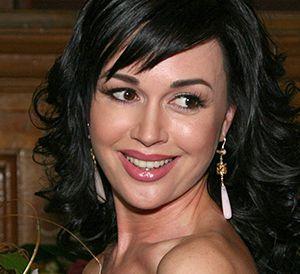 Анастасия Заворотнюк