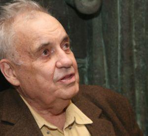 Эльдар Рязанов попал в больницу